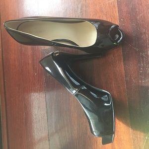 Nine West heels!  Size 10.  Worn once!
